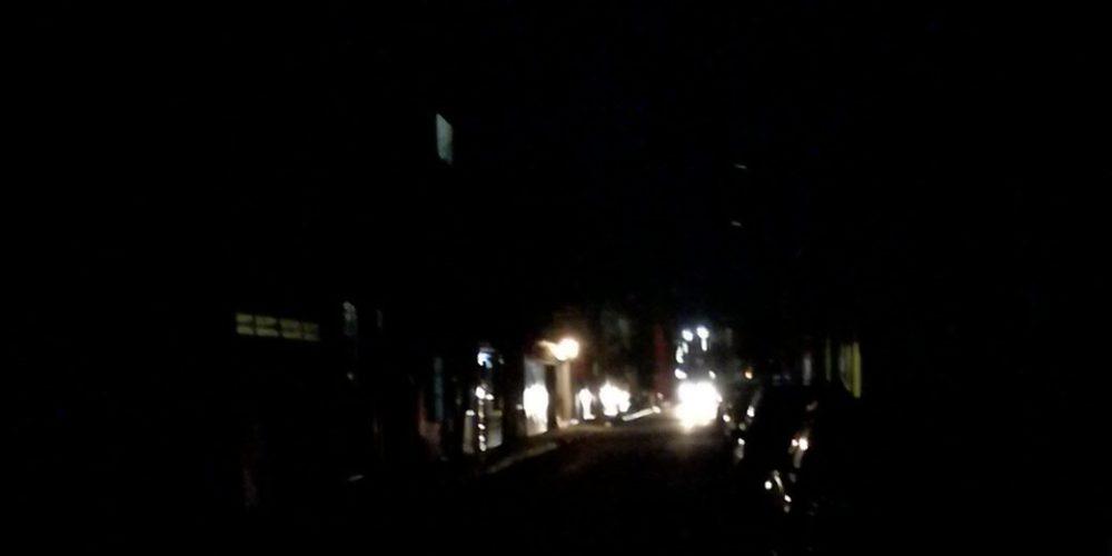 Apagón en calle de la zona centro de Aguascalientes