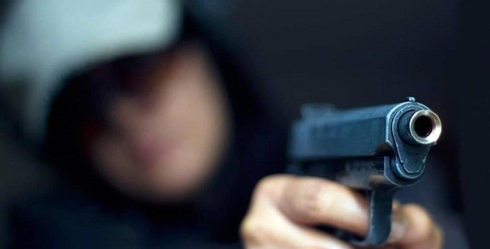 Mujer empistolada asalta a repartidor de gas en Aguascalientes