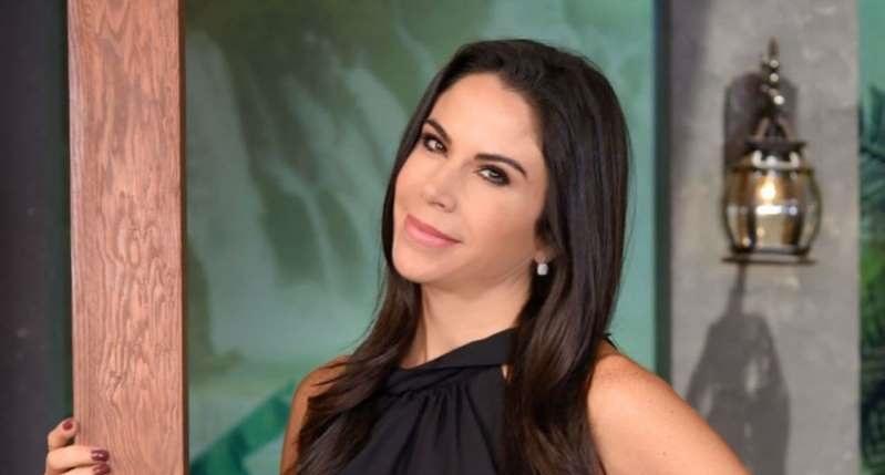 Paola Rojas reacciona a la muerte del papá de Zague