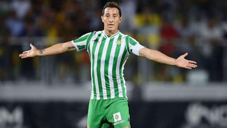 Andrés Guardado, positivo por Covid-19