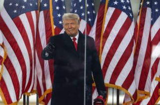 Trump estaría pensando en indultarse a sí mismo