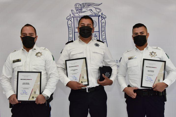 Reconoce municipio la labor de policías