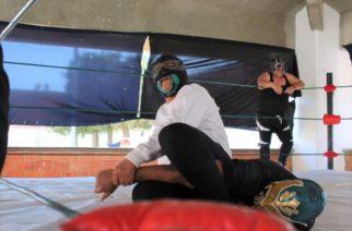 Dan exhibición de lucha libre en Cereso de El Llano