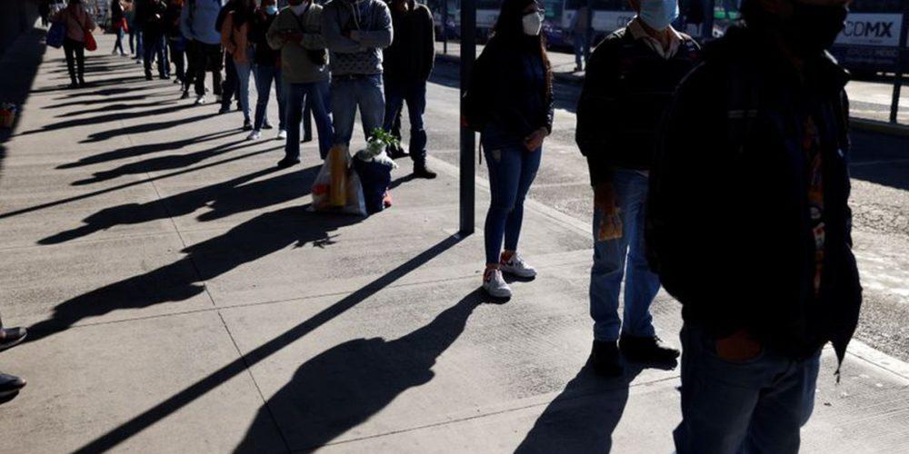 Coronavirus ha cobrado ya la vida de 153,639 personas en México