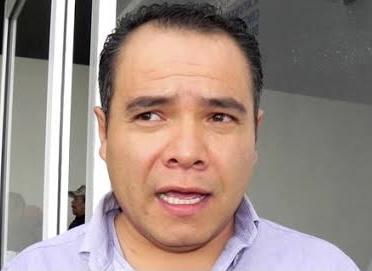 David Romo dejará acéfala  Dirección de Alumbrado Público, va por diputación en FM
