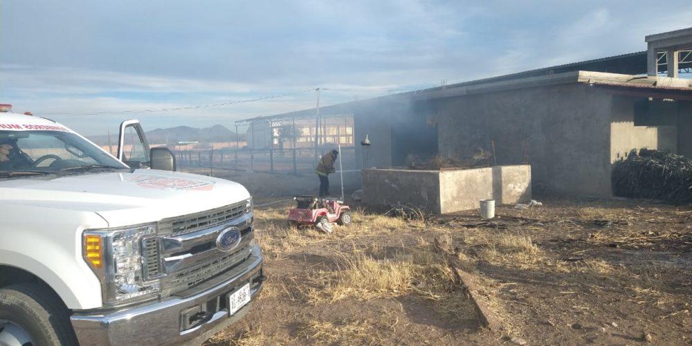 """Se registra fuerte incendio en el rancho """"Mi Angelito"""""""