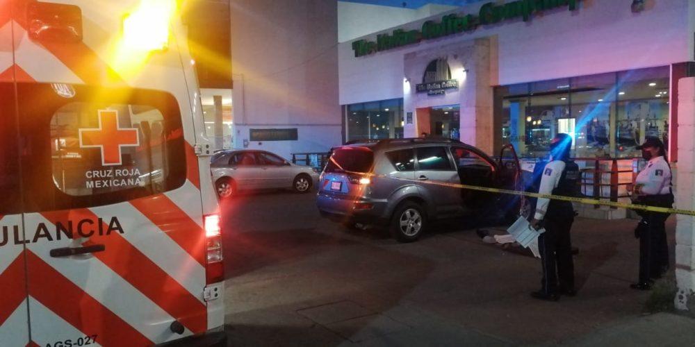 Muere anciano en centro comercial de Aguascalientes