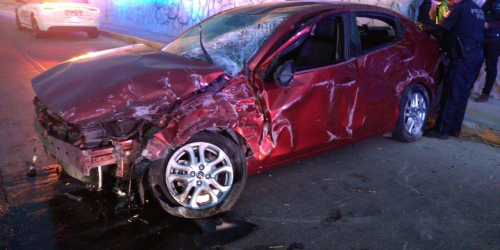 5 adolescentes heridos deja volcadura en Bulevar San Marcos