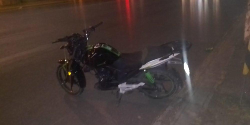 Menor atropella a motociclista y lo deja herido en Jesús María