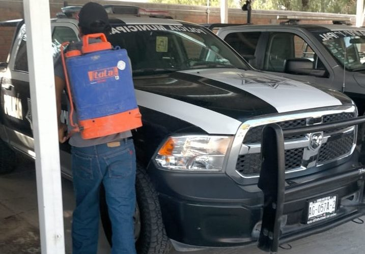 Mantienen labores de desinfección en instalaciones de las policías municipales