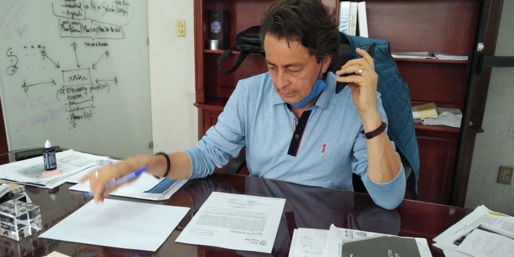 Confirma estar contagiado de Covid, director del Inagua