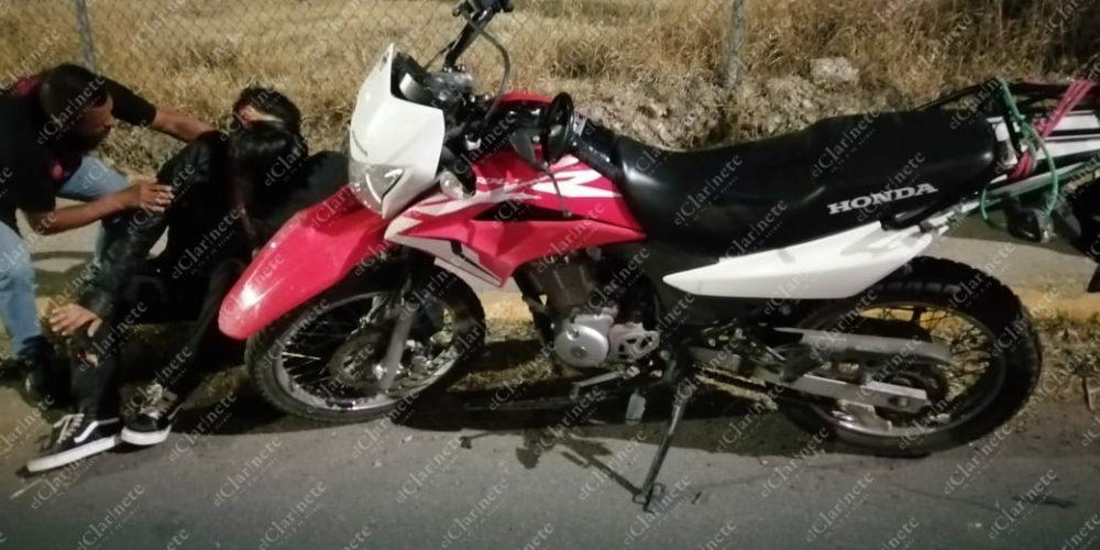 Motociclista agoniza tras choque contra el puente de la salida a San Luis