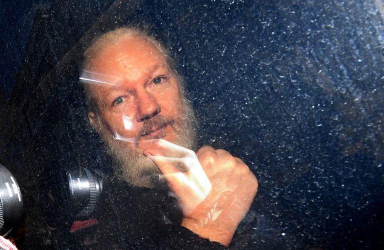 Rechaza jueza extradición de Julian Assange a Estados Unidos
