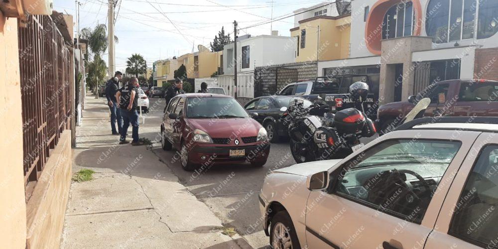 Sujetos armados asaltan a cuentahabiente en San José del Arenal