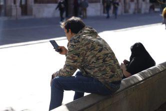 Alerta policía municipal por extorsiones telefónicas