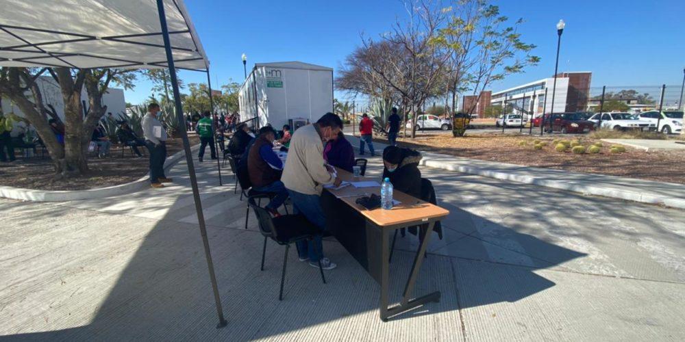 539 buscan 200 concesiones de taxi en Aguascalientes