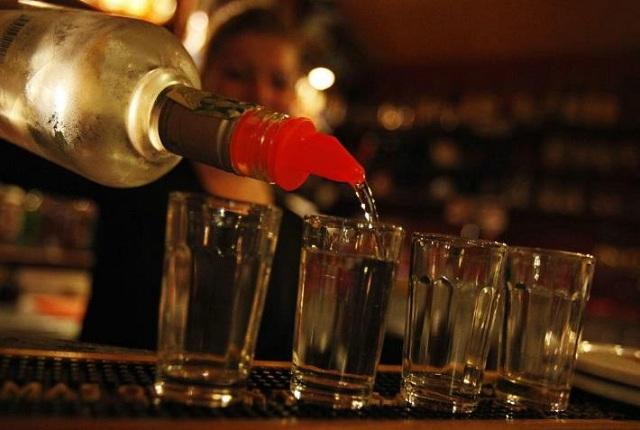Niños comienzan a beber alcohol a los 13 años en Aguascalientes