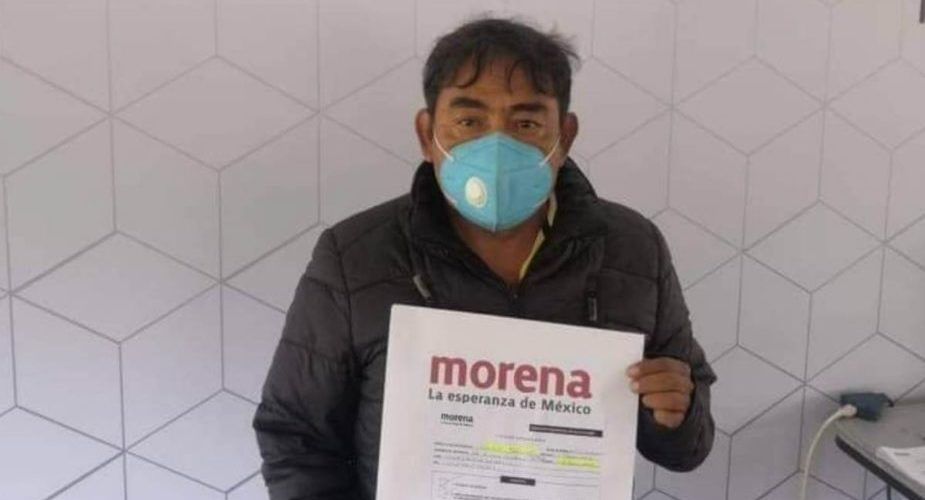 Vocero de padres de normalistas de Ayotzinapa busca premio con candidatura plurinominal por Morena