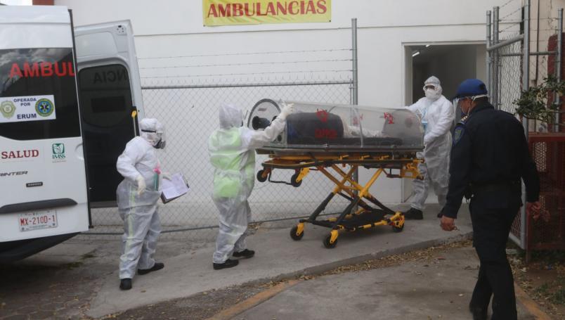 México baja al cuarto lugar internacional de nuevas muertes