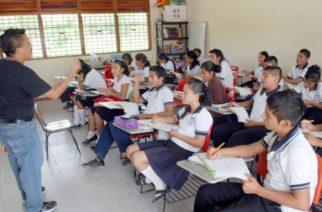 Maestros de colegios serán considerados para vacunación en Aguascalientes