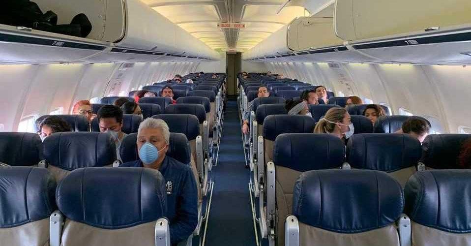 Canadá suspenderá vuelos hacia destinos turísticos de  México y el Caribe