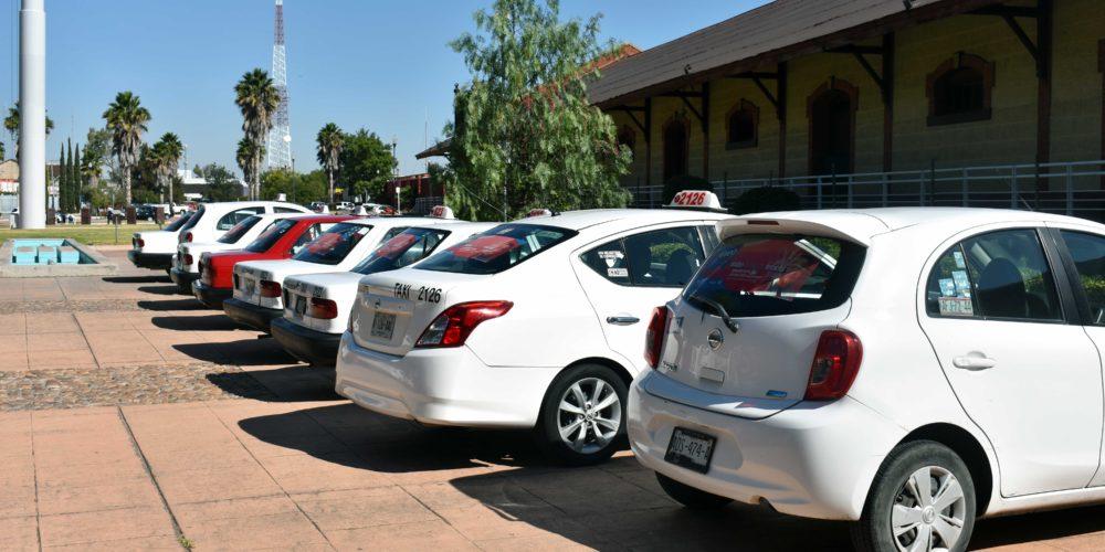 Abren convocatoria para 200 concesiones de taxis en Aguascalientes