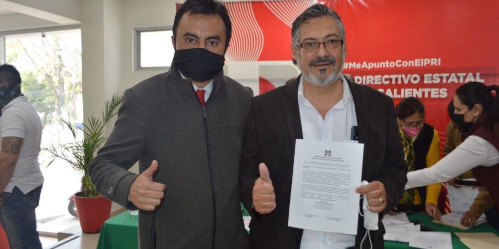 Alan Capetillo y Tito Lamas buscan ser candidatos a diputados en el PRI