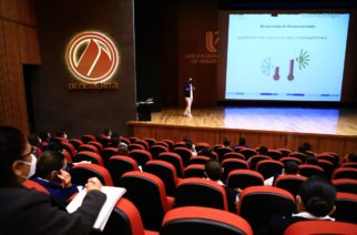 Capacita UAA a enfermeras que participarán en vacunación contra el Covid