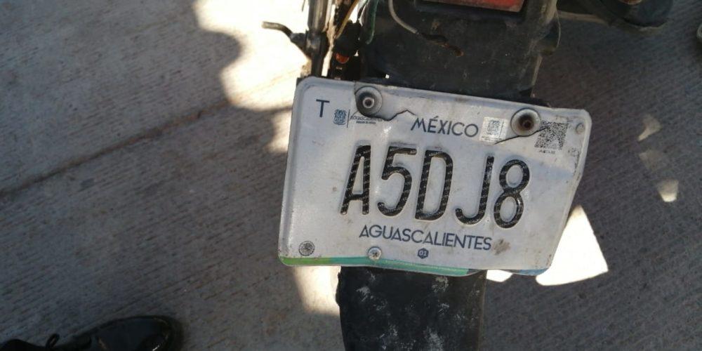 Conducía una motocicleta con placas sobrepuestas y fue detenido en San Francisco de los Romo