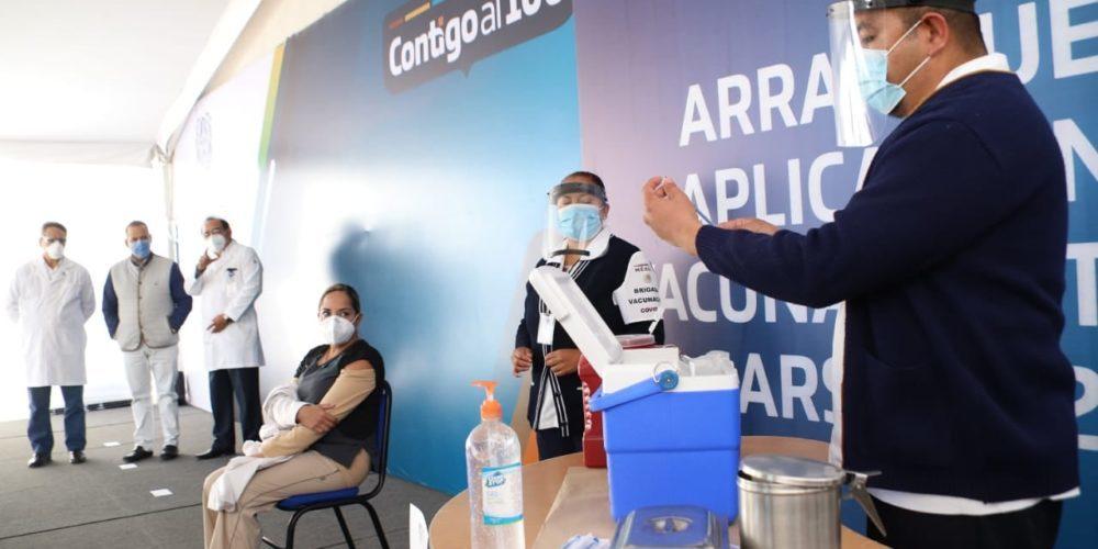 Esperan aplicar 2a dosis de vacuna Covid-19 en médicos de Aguascalientes