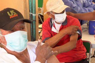 Plan de vacunación anticovid tiene un enfoque corto: Médicos