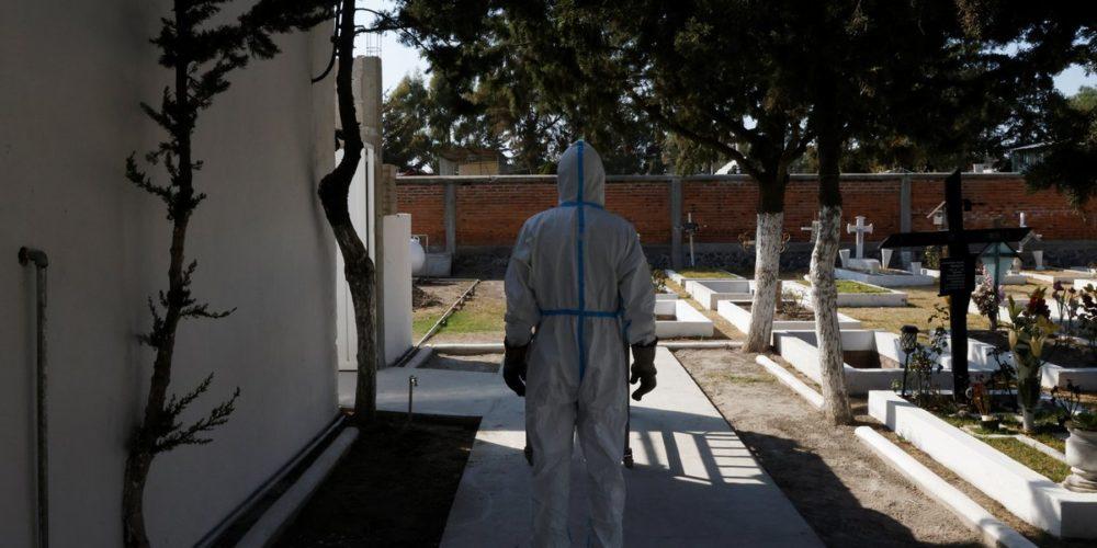 Mueren en México 1,701 personas por covid en un día