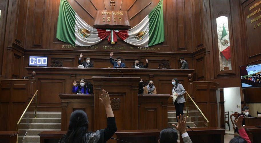 Pese a graves anomalías aprueba Congreso Cuentas Públicas
