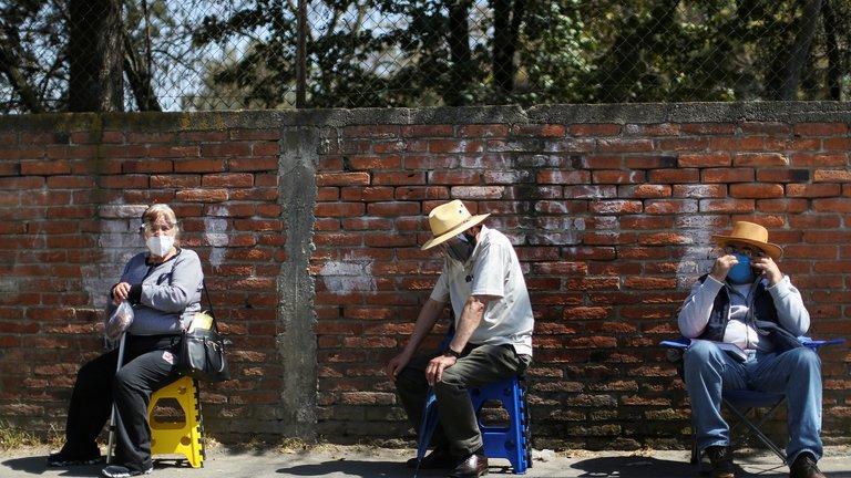 México alcanza más de 174 mil muertes por covid