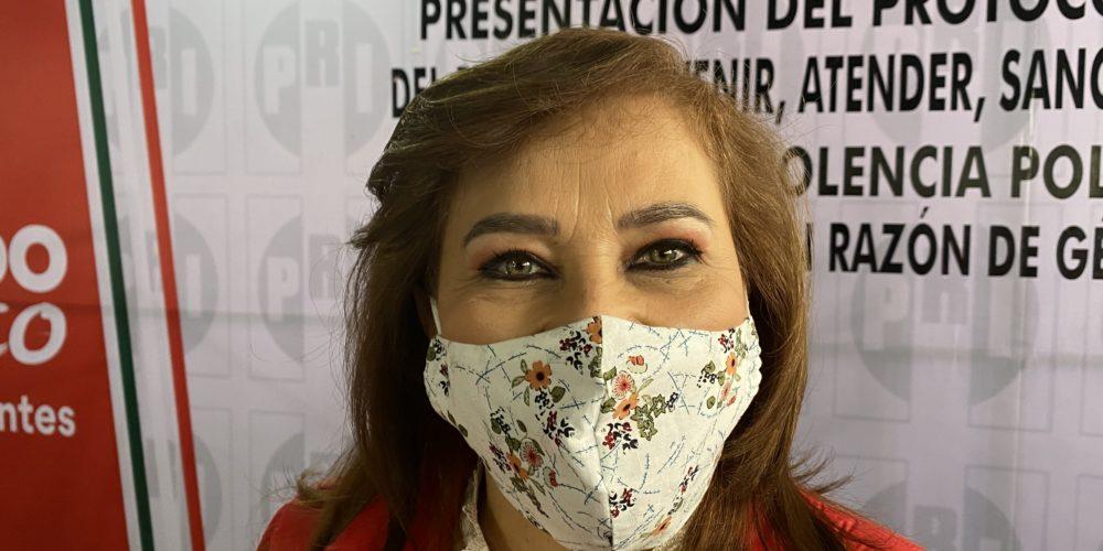 Gallegos: Yo no mandé quemar la camioneta de la viuda de Losoya