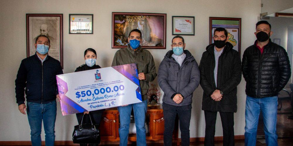 Otorgan créditos a micro y pequeñas empresas de Rincón de Romos