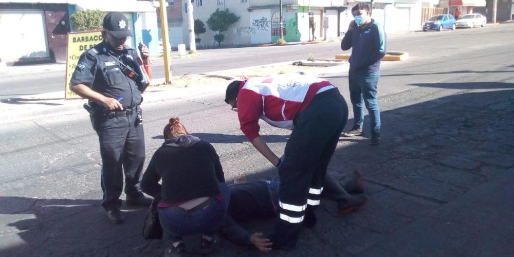 Ciclista atropella a peatón sobre la Avenida Rodolfo Landeros