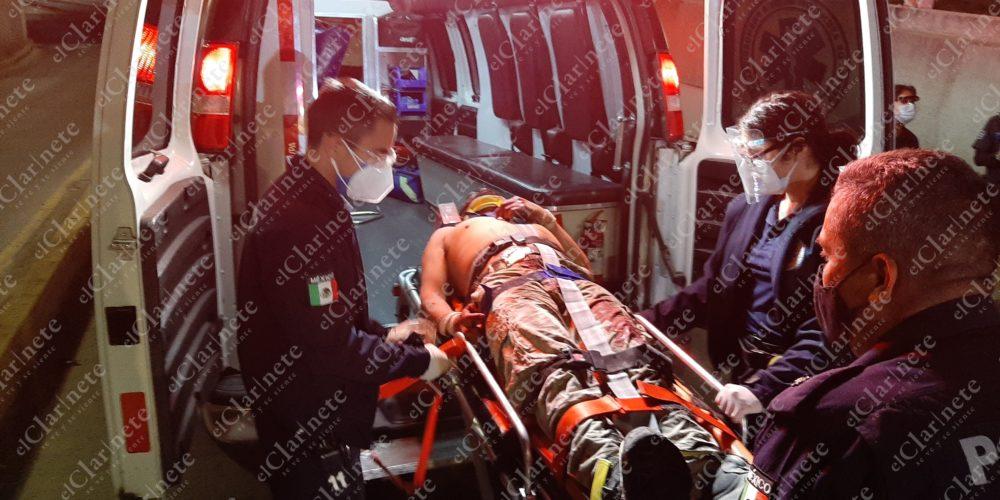 Motociclista ebrio, grave tras caída en el Par Vial