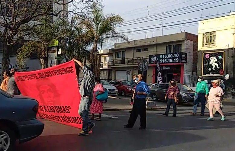 Se movilizan jubilados de Aguascalientes por cambio de pensiones a UMAs