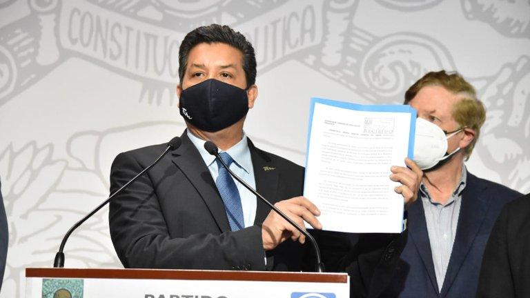 Gobernador de Tamaulipas acusa de persecución política en su contra