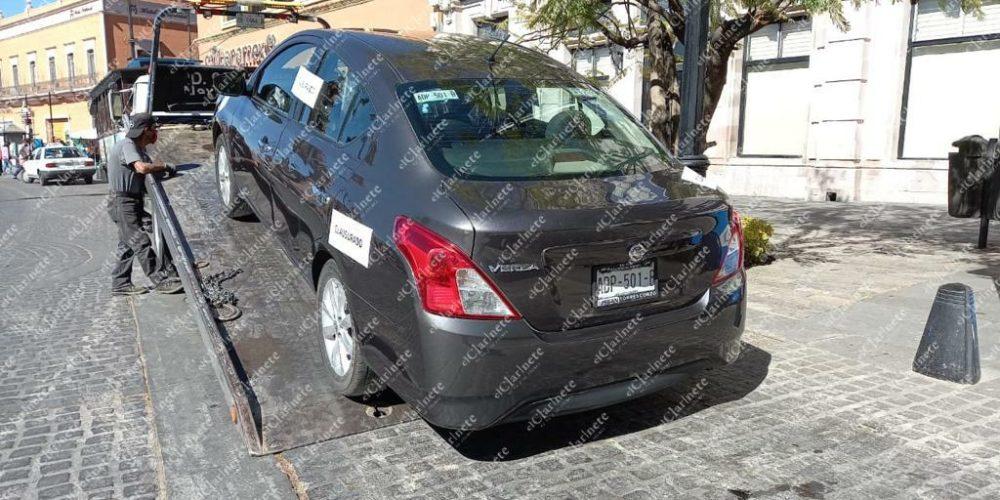 Realizan operativo de revisión a choferes de plataformas en Aguascalientes