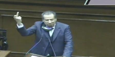 Por orden del PVEM, diputado de Aguascalientes se disculpa