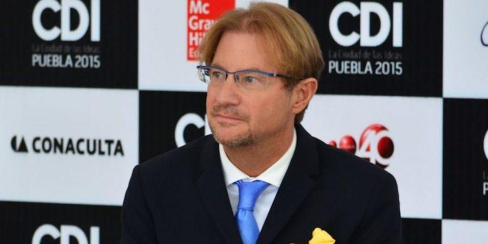 Andrés Roemer deja cargo honorario en la UNESCO por escándalos sexuales en los que se le señala