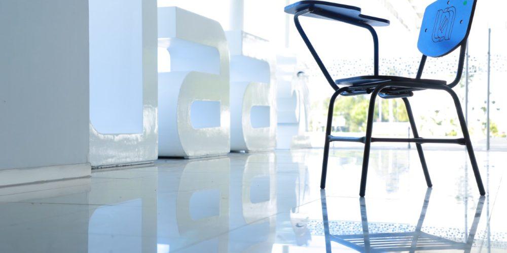 UAA pone a disposición de quien requiera pupitres escolares para adaptarse en espacios de estudio