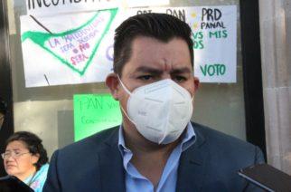 Velasco Serna pedirá licencia al Congreso para irse como regidor