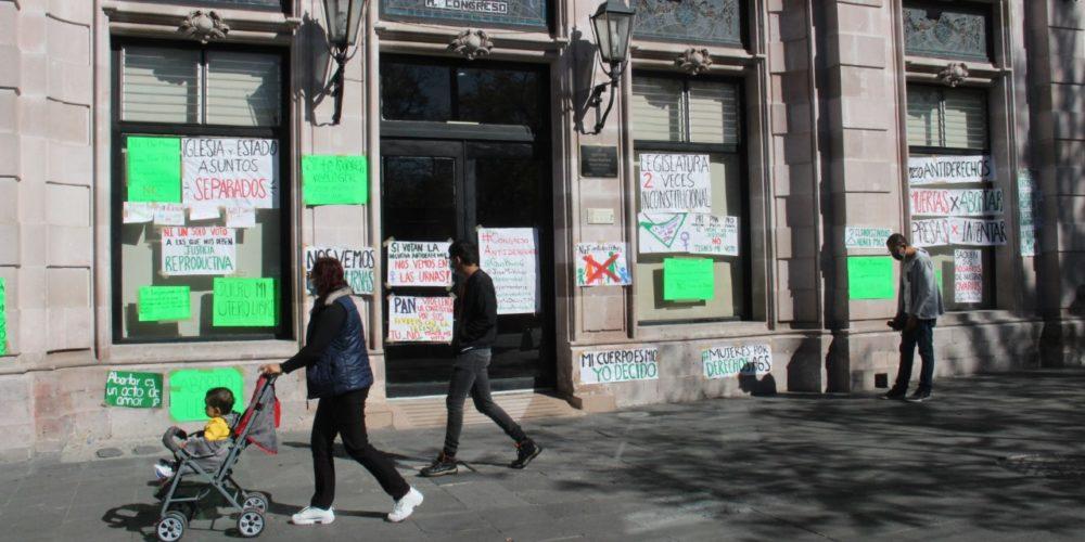 Advierten feministas inconstitucionalidad de Ley Provida