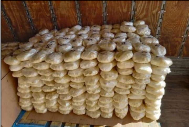 Ejército Mexicano asegura 648 kilos de metanfetamina  oculta en quesos y dulces