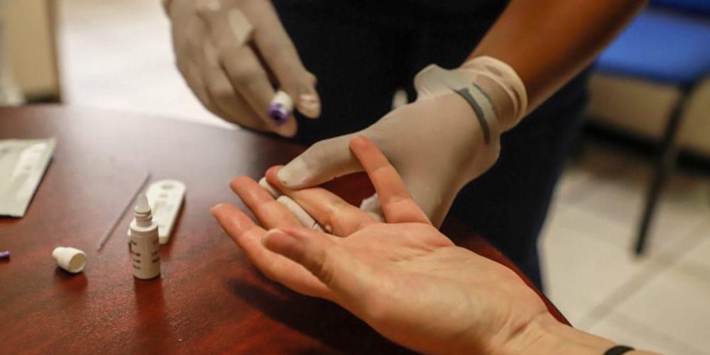 Alerta ISSEA por comercialización irregular de pruebas rápidas de covid
