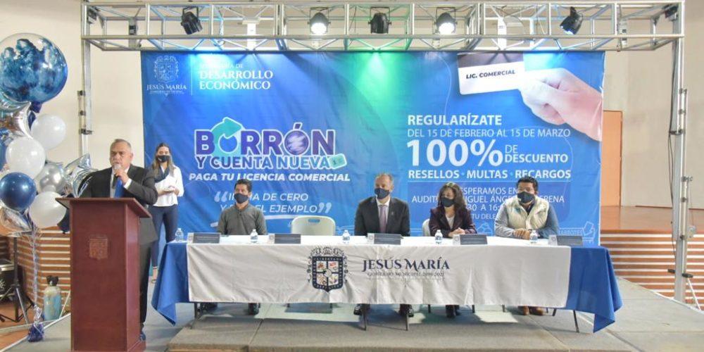 JM anuncia programa para regularizar licencias comerciales