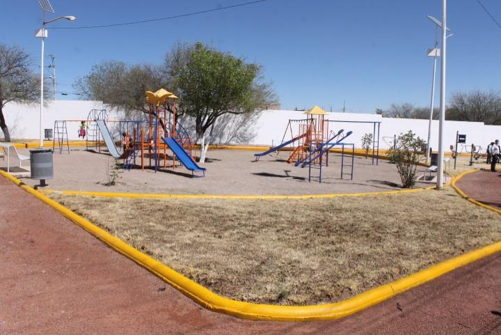 Rehabilitan parque en la colonia Buenavista, JM